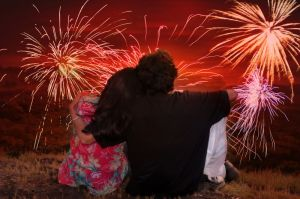 couple-watching-fireworks